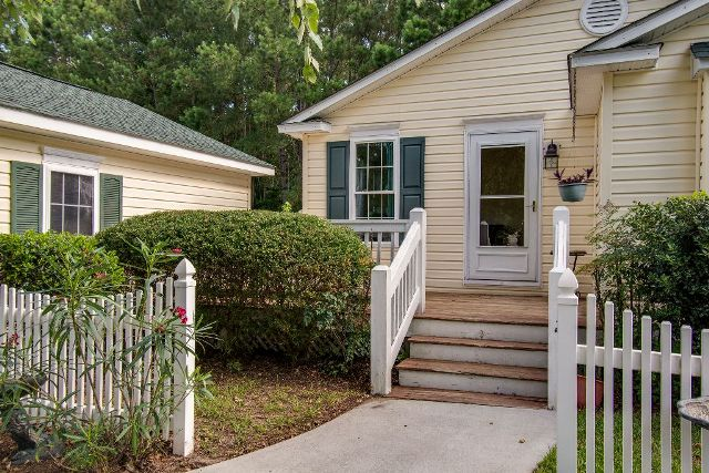 12 Spar Pole Lane, Bluffton, South Carolina 29910, 3 Bedrooms Bedrooms, ,2 BathroomsBathrooms,Single Family Home,Sold Listings,Spar Pole ,1057